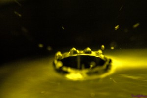 vanndråpe ute av fokus