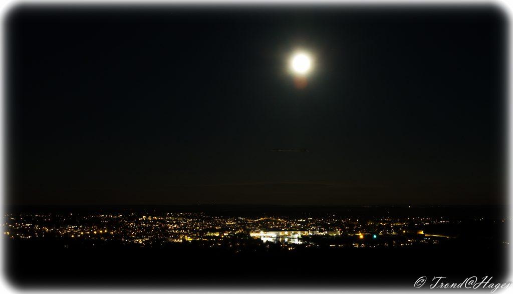 Fredrikstad i måneskinn